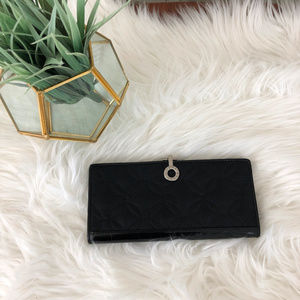 Vera Bradley Black Quilted Clasp Wallet